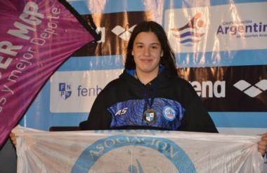 María José Hildebrandt es una de las nadadoras sobresalientes que tiene Chubut en el ámbito juvenil.