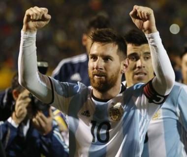Messi llegó a los 61 goles y supera por siete a Batistuta.