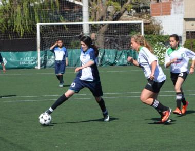 Chubut comenzó ganando en fútbol femenino, pero Misiones lo dio vuelta.