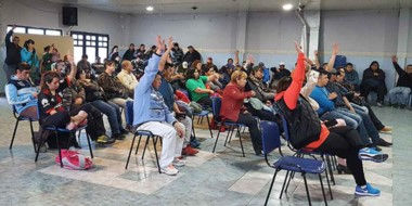 Unánime. Los municipales de Esquel no admitieron la oferta oficial y elaboraron una contrapropuesta.