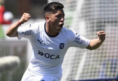 Barco anotó el segundo gol de Independiente con una buena definición de zurda.
