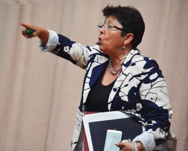 Personalidad. La diputada Navarro y su trabajo en la Legislatura.