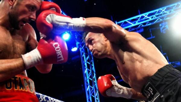 A los 42 años, Omar Narváez responde con talento a cada crítica: le ganó por KOT al ruso Nikolai Potapov.