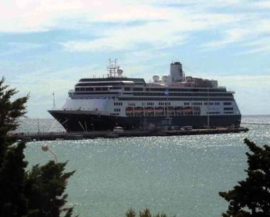 Con los cruceros llegarán unos 65 mil turistas.