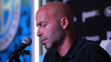 En conferencia de prensa, Méndez anunció su salida.