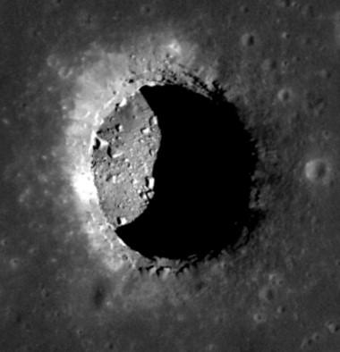 Los datos de la sonda japonesa de observación lunar Selene confirmaron la existencia de esta gruta, de 100 metros de ancho y 50 kilómetros de largo.