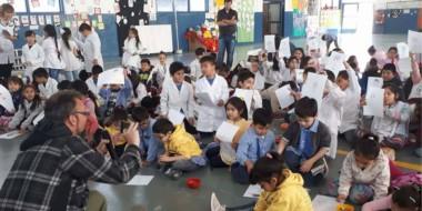 Un momento único y desafiante. Juan Chavetta compartió con los chicos instantes creativos irrepetibles.