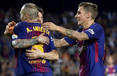 """Messi e Iniesta, las figuras del """"Barsa"""" que hoy visita a Olynpiakos."""