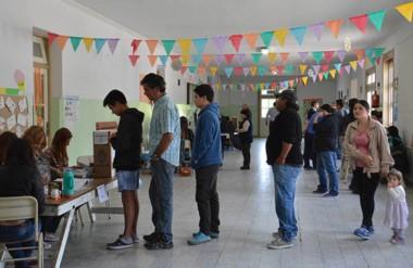 Valletanos. La mayor afluencia de votantes se registró por la mañana en un día de mucha tranquilidad.