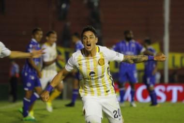Rosario Central dio vuelta un 0-2, le ganó 3-2 a Godoy Cruz y jugará su cuarta semifinal seguida de Copa Argentina.