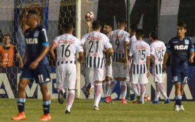 Con el gol de hoy, Salcedo es el 2do máximo goleador paraguayo en vigencia, suma en su carrera 502 partidos y 214 tantos.