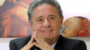 """Duhalde insistió en que trabajará por la """"reconstrucción del peronismo"""" y consideró que todos los partidos políticos deben """"aggiornarse""""."""