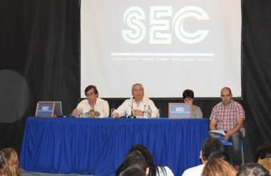 Alfredo Béliz encabezando la Asamblea Ordinaria del Sindicato de Empleados de Comercio.