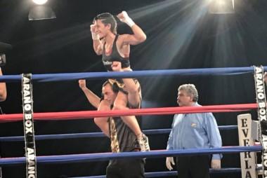 En una pelea más pareja de la que vieron los jurados, Griffa se llevó la victoria.