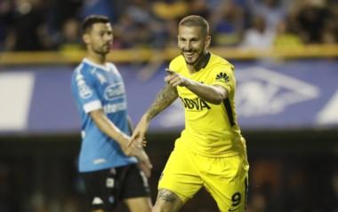 Benedetto volvió al gol con un doblete a Belgrano en La Bombonera.