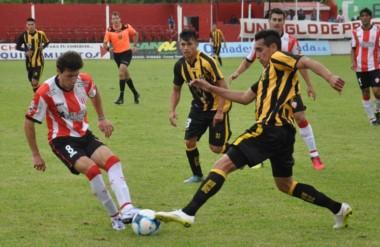 Deportivo Madryn sufrió un duro golpe en Lincoln. Cayó 6-0.