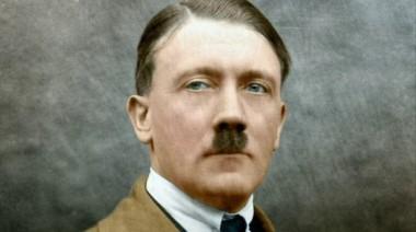 Adolf Hitler habría engañado al mundo simulando un suicidio y se habría radicado en Colombia, tras la Segunda Guerra Mundial según los archivos secretos desclasificados de Los Estados Unidos.