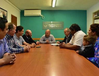 Cumbre. El intendente recibió en su despacho a referentes de Alianza.
