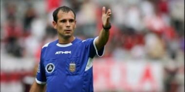 Luis Álvarez impartirá justicia en el primer partido que Brown juega de local fuera del Conti.