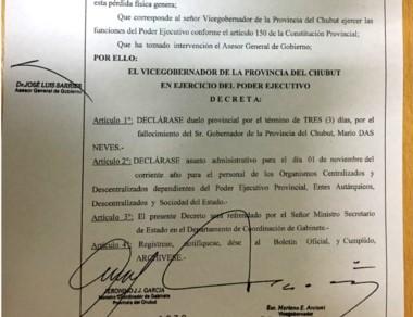 El vicegobernador Arcioni firmó el decreto por el duelo.