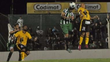 Madryn volvió a perder y sigue sin convertir goles en 4 partidos. Foto: La Nueva Provincia.