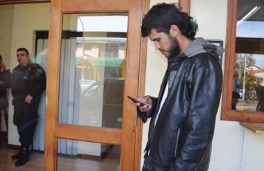 A la espera. Ariel Garzi, el amigo de Maldonado que asegura haber hecho la última llamada a su celular.