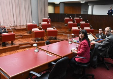 Bancas vacías. Tal como se venía anticipando en los últimos días, la falta de quórum en el recinto dejó sin sesión una vez más a la Legislatura.