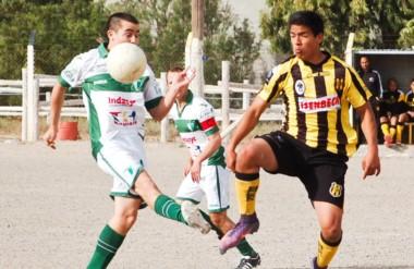 Dolavon revirtió el marcador y logró la segunda victoria en igual cantidad de partidos en el Clausura.