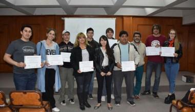 Los emprendedores participantes del curso desarrollado en la CICECH.