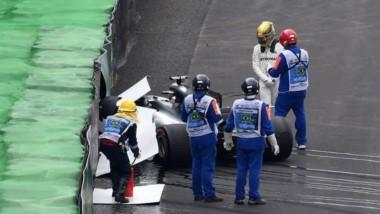 Lewis Hamilton largará último en Brasil tras un choque y Valtteri Bottas se queda con la pole.