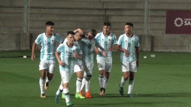 Argentina venció a Paraguay 3-0 con dos goles de Franco Orozco de Lanús, y uno de Ceballos.