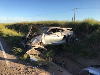 El Porsche GT4, valuado en más de 2 millones de pesos quedó totalmente destruido.