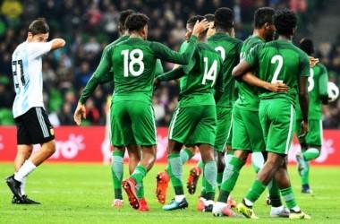 Nigeria remontó un partido que perdía por 2-0.