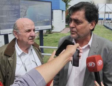 El ministro Ignacio Agulleiro junto a Osvaldo Sala.