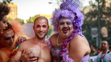 """La XXVI Marcha del Orgullo LGBTIQ se realizará desde Plaza de Mayo hacia el Congreso de la Nación, con la consigna """"Basta de femicidios a travestis, transexuales y transgéneros""""."""