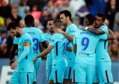 Luis Suárez se reencontró con el gol, marcó un doblete. El otro fue de Paulinho.