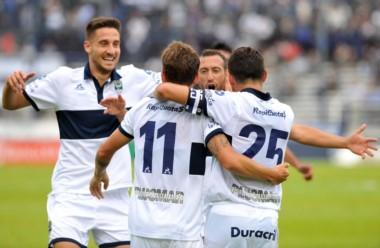 Gimnasia juega en el bosque platense ante Rosario Central en la reanudación de ambos en la Superliga.