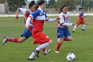 Huracán empató con Alianza y ahora quedó a cuatro puntos del líder Alumni, que ayer goleó a La Ribera.