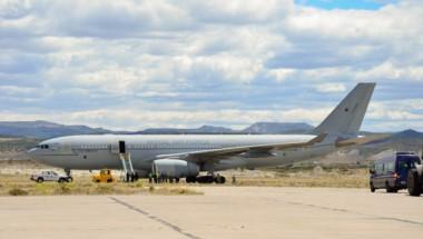 El avión, un Airbus 330 (A-330) realizó un aeronavegación directa entre su base en Brize Norton (en las afueras de Oxford) y Comodoro Rivadavia.