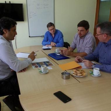Cumbre. El secretario se reunió con los empresarios franceses.