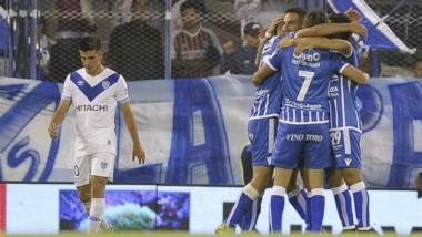 "Con un gol de ""Pipe"" Ramis, Godoy Cruz le ganó a Vélez en el Amalfitani."