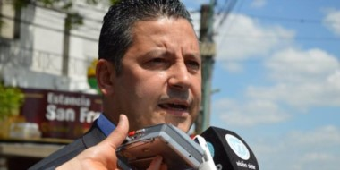 """El intendente de Merlo reemplazó al histórico """"barón"""" Raúl Othacehé."""