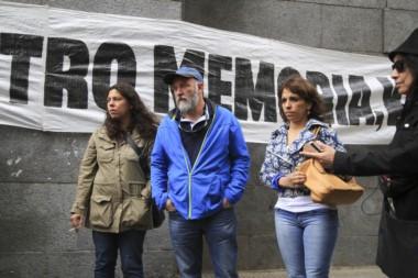 """La familia de Maldonado reclama que se abra una nueva etapa en la investigación y se busque """"identificar a todos los responsables de la desaparición y muerte"""" del joven de 28 años."""