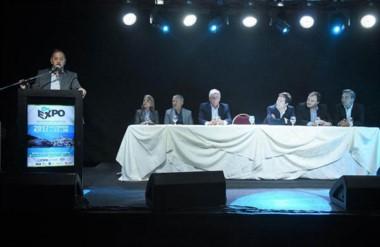 El intendente de Comodoro, Carlos Linares, destacó el potencial de la ciudad reflejado en la expo.