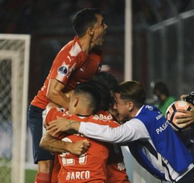 Con el 3-1, el Rojo eliminó a Libertad y habrá un equipo argentino en la definición.