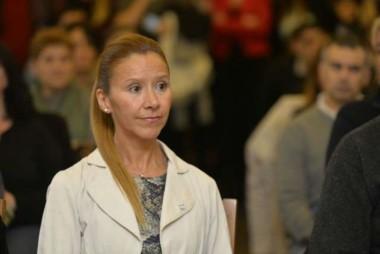 """La """"Ombudswoman"""" barilochense, el día de la asunción al cargo. (Imagen gentileza Bariloche 2000)."""