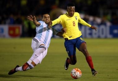 Sevilla confirmó la lesión de Gabriel Mercado. Es baja para la Selección Argentina. Sampaoli cita a  Mammana en su lugar.