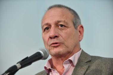 Ministro de Salud Ignacio Hernández
