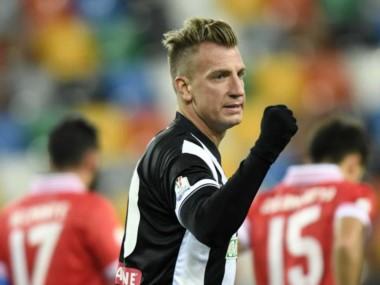 Maxi López clavó 4 goles en la victoria del Udinese.