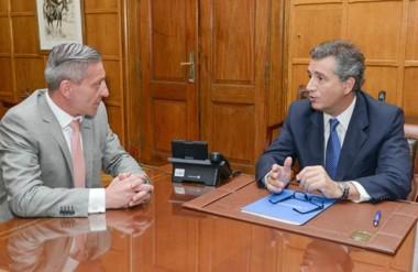 El gobernador Arcioni en el encuentro con el titular de la cartera de Agroindustria de Nación.